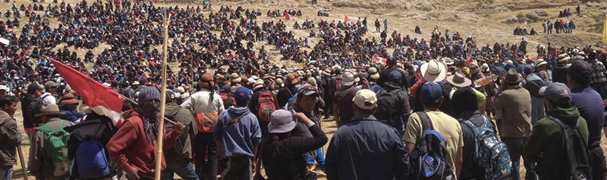 Hundreds protest the construction of the Las Bambas copper mine in the district of Challhuahuacho, Peru in 2015.  Police killed at least two activists during the protests and injured as many as 15 others. Photo: EPA.
